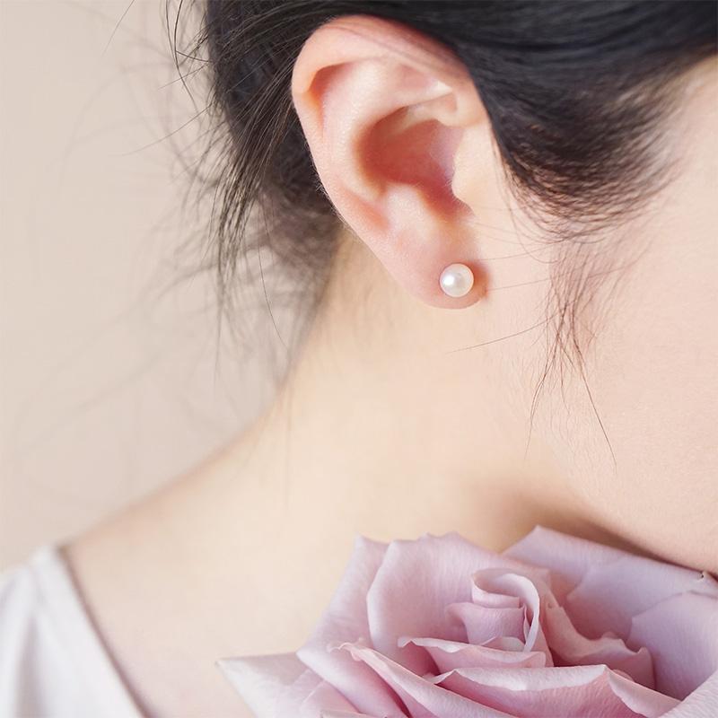 多彩珍珠 – 月牙白 – 耳環